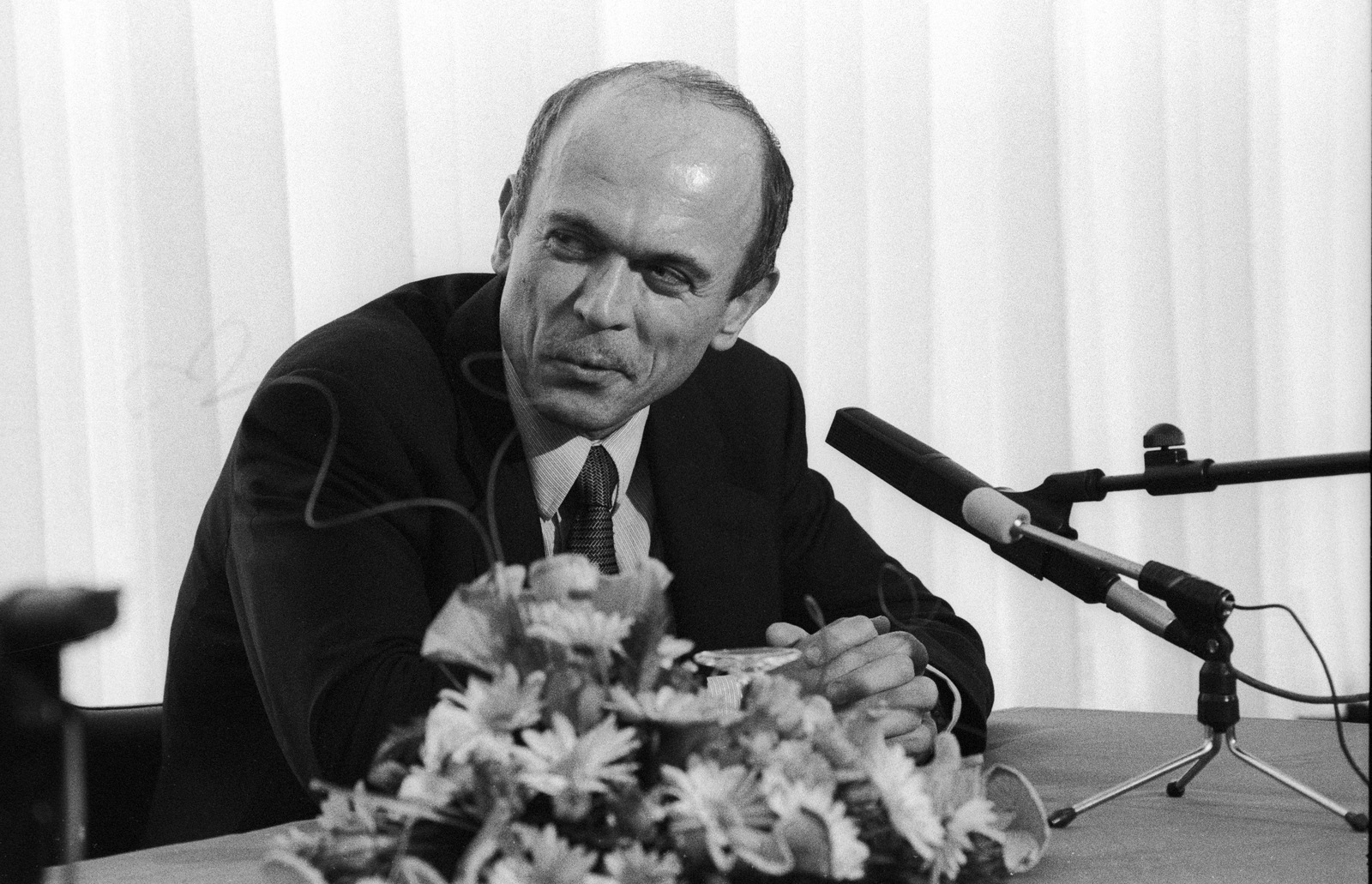 Dr. Janez Drnovšek